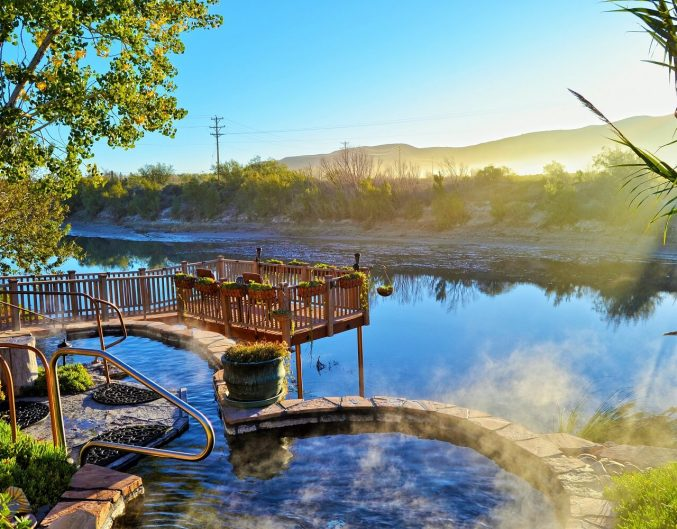 Riverbend Hot Springs: hot springs near the Gila National Forest.