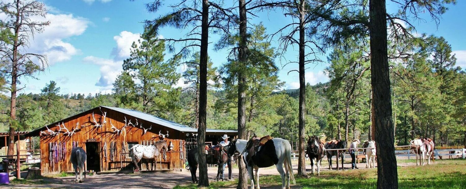 Geronimo Trail Guest Ranch: Your Dude Ranch Vacation Packing List.