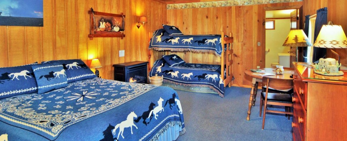 Mimbres Room with queen bed and bunk beds