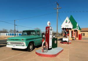 Sinclair Gas Station   Snyder, TX